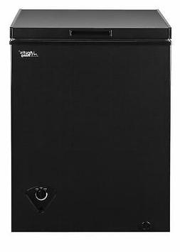 Arctic King 5 cu ft Chest Freezer Ice Chest Removable Storag
