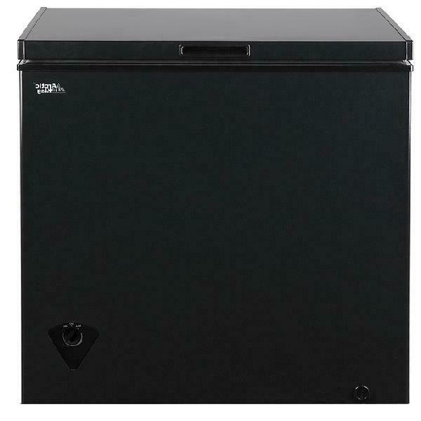 Arctic King 7 cu ft Freezer with Removable Basket, or