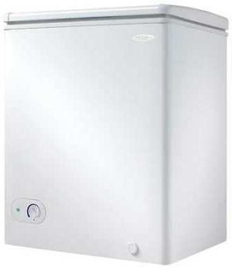 dcf038a3wdb compact chest freezer 3 8 cu