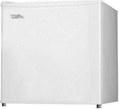 1 1 cu ft upright freezer aufm011aew