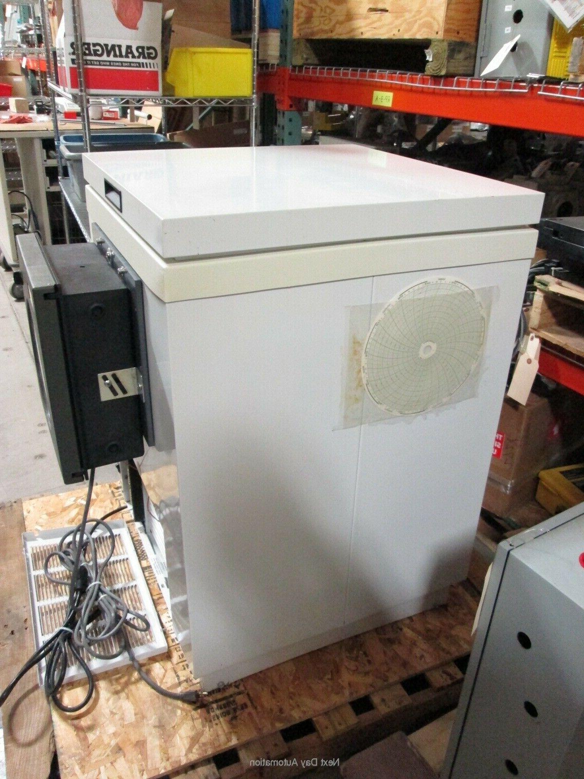 Freezer -46°C w/ Honeywell Recorder