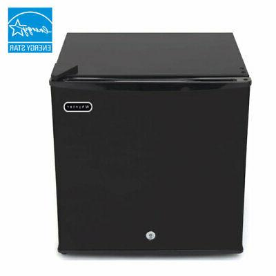 upright freezer black lock