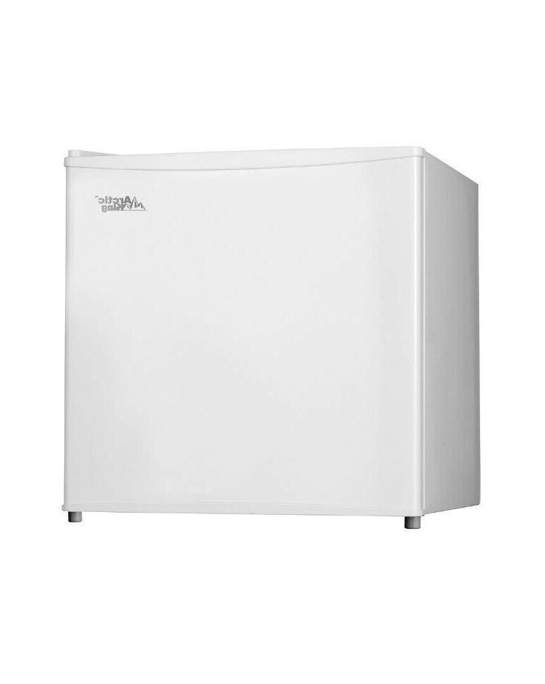 UPRIGHT 1.1 Ft Energy Efficient White