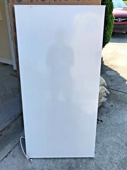NEW Frigidaire FFFC15M4TW Chest Freezer - WHITE - FREEZER DO