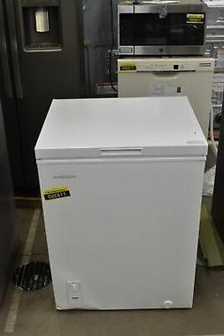 "Insignia NSCZ50WH0 25"" White 5 Cu. Ft. Chest Freezer NOB #11"