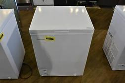 "Insignia NSCZ50WH0 25"" White 5 Cu Ft Chest Freezer NOB #1038"