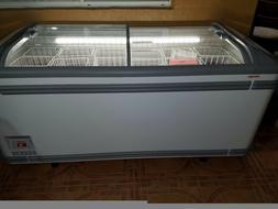 White freezer.Never used.6 ft.Malta 185